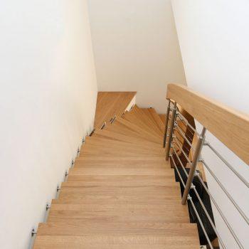 Bolzenstiege in Eiche geölt Raum Leitersdorf